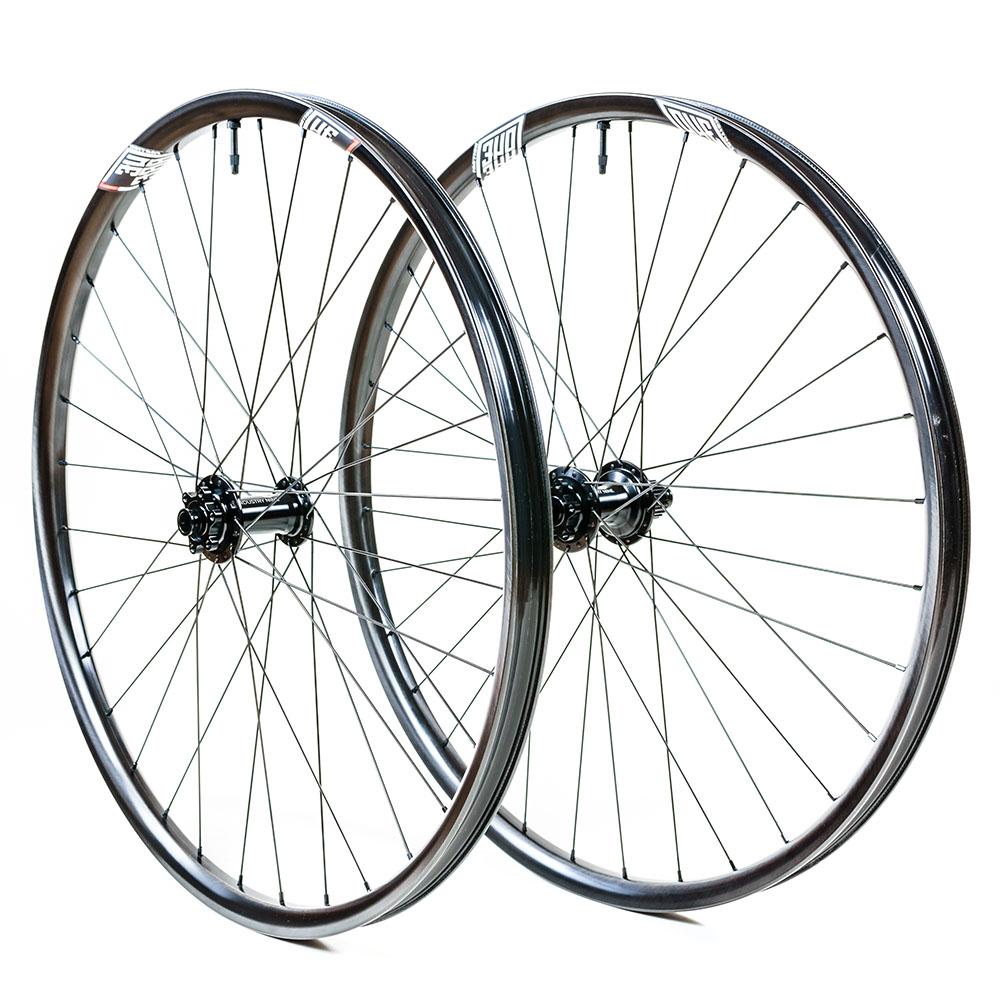 Revolution Wheelset - 2021 Union with I9 1/1 and Sapim Race - Black